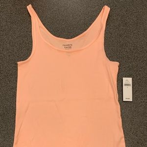 NWT Gap Factory Size S CORAL Tank top